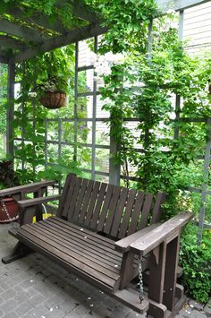 ideas for that narrow space in between suburban homes, flowers, gardening, hydrangea, landscape Privacy Fence Landscaping, Backyard Privacy, Backyard Landscaping, Landscaping Ideas, Backyard Designs, Pergola Ideas, Porch Ideas, Backyard Ideas, Kew Gardens