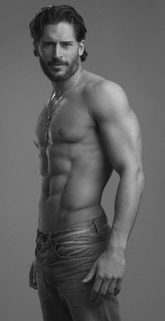 Joe Manganiello.. no words can describe this amount of beautifulnesssss