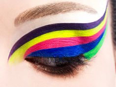 Fun - like a rainbow on your eyelids!