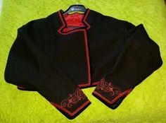 Sweatshirts, Sweaters, Fashion, Moda, Fashion Styles, Sweater, Trainers, Fashion Illustrations, Fashion Models