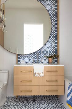 Indoor Outdoor Living Newport Beach Home Tour - statement tile, oversized round mirror in the tiny bathroom - Oversized Round Mirror, Round Mirrors, Round Mirror In Bathroom, Narrow Bathroom, Floor Mirror, Bad Inspiration, Bathroom Inspiration, Bathroom Ideas, Bathroom Remodeling