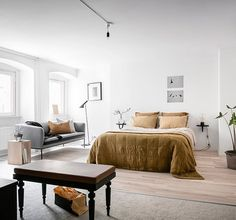 Homes to Inspire | Dream Bedroom + Colour Inspo