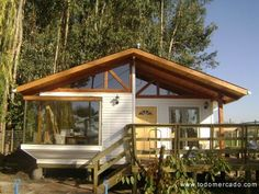 CASAS PREFABRICADAS ARBOLITO - CASAS DE MADERA - CASAS AMERICANAS ... Log Homes, Home Budget, Tiny House Cabin, Tropical Houses, Stone Houses, House In The Woods, Mountain Homes, Cottage Homes, House Floor Plans