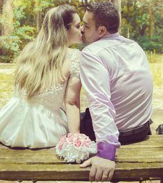 Feliz dia do beijo amor.... Vamos beijar mooooooiito....kkkk. Seja um selinho ou um beijão quero seu beijo pra sempre. Te amo princesa. #mundorosa #familia #amorincondicional #minhafilha #lais #princesinha #obrigadodeus #presentededeus #papaibabao #sejahumilde #humildade #ninguememelhorqueninguem #aquiosistemaébruto #garra #fibra #malhacao #foco #forca #fe #deusnocomando http://misstagram.com/ipost/1553349330257489474/?code=BWOmvxiFq5C