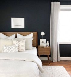 Beds can be set on the rear of a minimalist 34 room design. A minimalist bed does not need to be uncomfortable. Platform beds are perfect for a minimalist bedroom design. The bedroom in the picture is a quality example. Modern Farmhouse Bedroom, Modern Bedroom Design, Contemporary Bedroom, Bedroom Designs, Bedroom Colors, Bedroom Decor, Bedroom Ideas, Wall Decor, Bedroom Wall Lights
