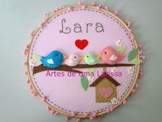 Lara by Artes de uma Larissa, via Flickr Quadrinho Família Pássaros rosa e marrom.