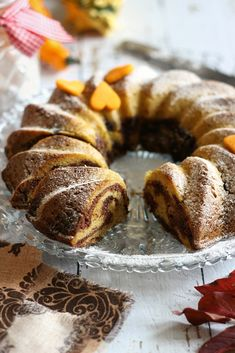 »HOZZÁVALÓK« - 3 tojás 12 , 5 dkg barnacukor - 1 tk vaníliakivonat - 12 , 5 dkg puha vaj - 25 d... Ring Cake, Hungarian Recipes, Kakao, Scones, French Toast, Muffin, Cooking Recipes, Yummy Food, Sweets