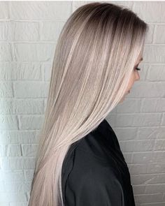 Fantastic Blends Of Balayage Highlights & Hair Styles in 2019 Blonde Ombre Hair, Balayage Straight Hair, Blonde Hair Looks, Short Straight Hair, Long Hair Cuts, Straight Hairstyles, Top Hairstyles, Blonde Brunette, Grey Balayage