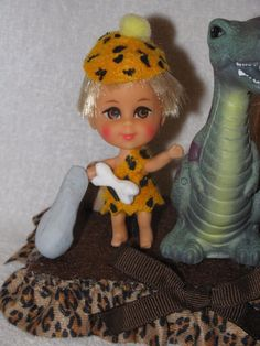 Mattel Liddle Kiddle Dolls As Pebbles & Bam Bam On Decorated Display | eBay