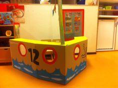 Sinterklaas boot van kartonnen doos