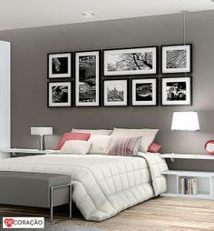 (Esse foi o que mais gostamos. Cabeceira cinza com quadros preto e branco) Será que fica bom colocar quadro nos quartos? Claro que sim! Basta saber combinar. A dica é sempre colocar cores que combinem com o ambiente do quarto e que mantenham a harmonia do ambiente.