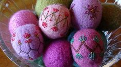 Knit and Felt Egg Ornaments - via @Craftsy