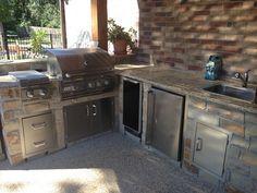 Outdoor Kitchen In Houston Texas Outdoor Kitchen Outdoor Decor Decor