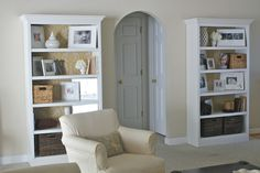 Hello Newman's!: Fabric Lined Bookshelves -  Gotta try this!!!