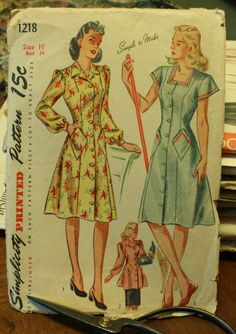 Simplicity 1218 1940s 40s House Dress Pattern by EleanorMeriwether, $22.00