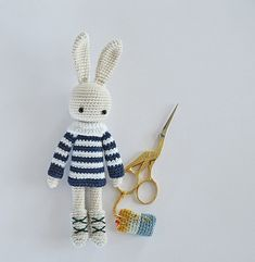 Angie Bunny – Nordic Boots – Free Pattern
