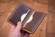 Tarjetero de cuero // // Hermosa caja de la tarjeta de visita de cuero personalizada Delgado Diseño // Driftwood Chromexcel