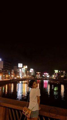 Kim Jennie, School Looks, Kpop Girl Groups, Kpop Girls, Korean Girl, Asian Girl, K Pop, Blackpink Photos, Pictures