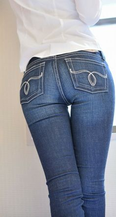 Sexy Jeans, Love Jeans, Curvy Jeans, Skinny Jeans, Hot Pants, Beste Jeans, Best Jeans For Women, Pinup Girl Clothing, Tops For Leggings