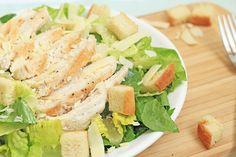 Caesar salade met gegrilde kip – ZELF MAKEN   Chickslovefood.com   Bloglovin'