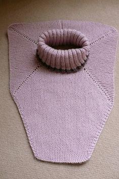 Ravelry: Dickey von Beethoven pattern by Elizabeth Zimmermann - Poncho stricken Knitting For Kids, Loom Knitting, Knitting Stitches, Free Knitting, Knitting Projects, Baby Knitting, Knit Cowl, Knitted Shawls, Knit Crochet