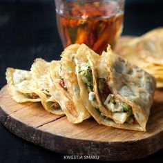 Naleśniki bezglutenowe/Gluten Free pancakes stuffed with zucchini dried tomatoes and goat cheese Gluten Free Recipes, Gourmet Recipes, Cooking Recipes, Healthy Recipes, Healthy Dinners, Crepes And Waffles, Gluten Free Pancakes, Dried Tomatoes, Food For Thought