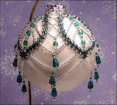 Picture of KT9000-1, Bead Kit Green Russian Leaf Ornament