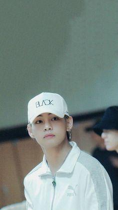 Daegu, Foto Bts, Bts Photo, Bts Boys, Bts Bangtan Boy, V Chibi, Les Aliens, Vkook, Kim Taehyung