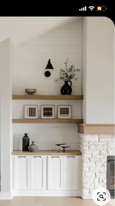 Fireplace Built Ins, Home Fireplace, Fireplace Design, Home Living Room, Living Room Designs, Living Room Decor, Home Renovation, Home Remodeling, Built In Shelves Living Room