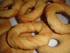 Portuguese Desserts, Portuguese Recipes, Portuguese Food, Bread Recipes, Cookie Recipes, Melting Moments Cookies, Biscuits, Mantecaditos, Muffins