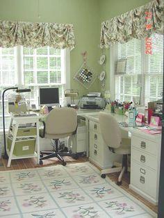 desk - Scrapbook.com