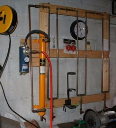 Moisture Trap - Homemade moisture trap constructed from copper pipe, fittings, valves, and a filter. Garage Tool Organization, Garage Tools, Garage Workshop, Garage Storage, Garage Ideas, Workshop Ideas, Garage Paint, Shop Storage, Shop Organization