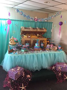 dessert table at an under the sea birthday party! See more party planning ideas at !Lovely dessert table at an under the sea birthday party! See more party planning ideas at ! Mermaid Theme Birthday, Little Mermaid Birthday, Little Mermaid Parties, Girl Birthday, Deco Disney, Party Deco, Mermaid Baby Showers, Baby Mermaid, Under The Sea Party
