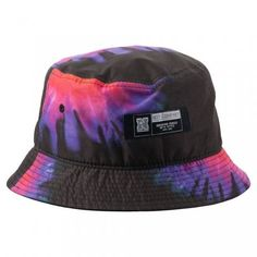 Neff's Sunset Deconstructed hat is the perfect addition to any outfit. Cute Lazy Outfits, Outfits With Hats, Tie Dye Hat, Boys Clothes Style, Accesorios Casual, Love Hat, Cute Hats, Summer Hats, Girls Accessories