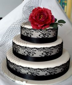 CAKE - Spanish Lace perfect for the red and grey wedding theme :) def gonna go for the elegant theme