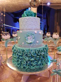 Tortas 13th Birthday Cake For Girls, 15th Birthday Cakes, Sweet 16 Birthday Cake, Beautiful Birthday Cakes, Gorgeous Cakes, Girl Birthday, Sweet 15 Cakes, Cute Cakes, Wedding Cake Designs