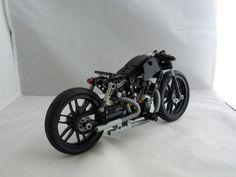 [MOC] LEGO TECHNIC – HD Bobber – [MOC] – NEMOOZ