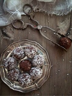 cookiesandsweets - Chocolate Oat bolls with a twist