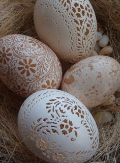 Hand Carved Victorian Lace Chicken Egg: Heart Pattern Not pysanky but beautiful anyway Egg Crafts, Easter Crafts, Arts And Crafts, Carved Eggs, Hand Carved, Art D'oeuf, Incredible Eggs, Egg Shell Art, Victorian Lace