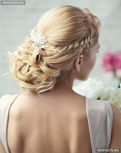 длинные свадебные прически с украшениями и фатой