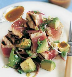 Barefoot Contessa / Ahi Tuna Salad with Avocado (GP - skip sesame seeds. I love this dish at restaurants. Try tuna grilled with blackening seasoning if you like steak flavor.)