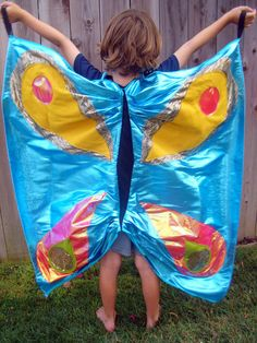 DIY Butterfly wings -- easy Halloween costume for kids