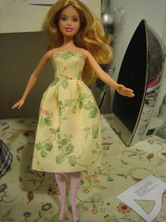 Free pattern for Barbie Strapless dress - I made this, it took about 20-30 minutes!