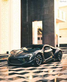 W-Motors Fenyr