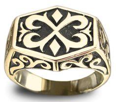 Knights Templar Medieval Ring Celtic Crest Design in Bronze