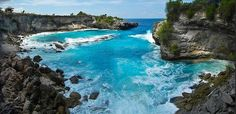 Secret Beach at Nusa Ceningan. Nusa Ceningan is an island near Nusa Lembongan-Bali.
