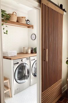 Diy Clothes Drying Rack, Clothes Rod, Laundry Room Drying Rack, Drying Room, Small Laundry Rooms, Laundry Room Design, Outdoor Laundry Rooms, Ikea Laundry Room, Design Bathroom