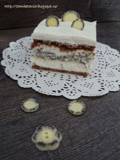 Prajitura cu mac si vanilie Food Cakes, Tiramisu, Cake Recipes, Food And Drink, Ice Cream, Sweets, Cookies, Chocolate, Ethnic Recipes