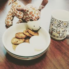 For whatever reason my little sister put her giraffe on the table. I guess as one of my recipes? Little Sisters, Awesome Stuff, My Recipes, Giraffe, Haha, Breakfast, Tableware, Instagram Posts, Food