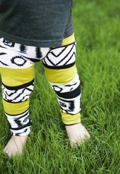 Whoever has a little girl needs to buy these...I wish I could!  Leggings to die for!!!  Maybe one day.